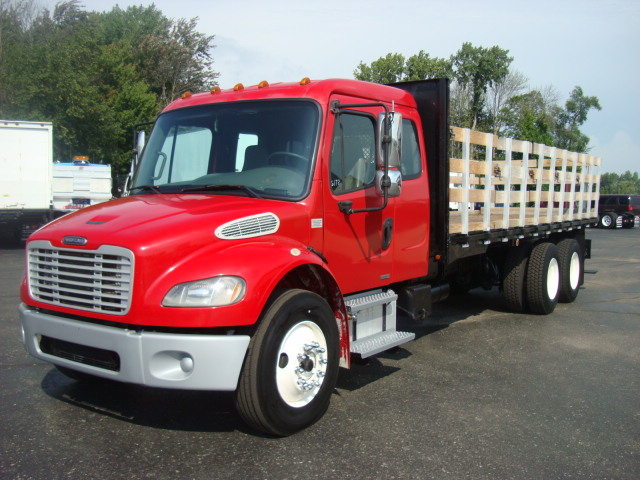 Picture of 2007 Freightliner M2  106 truck for sale