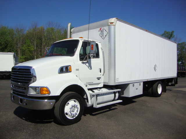 Picture of 2008 Sterling L9500 truck for sale