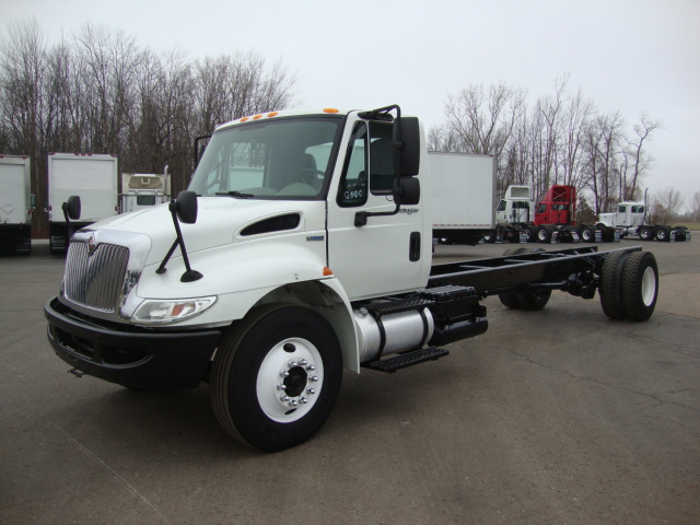 Picture of 2009 International 4300 truck for sale