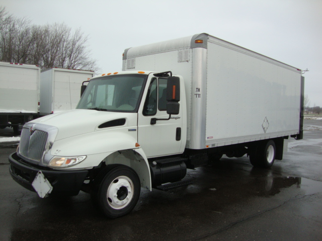 Picture of 2008 International 4300 Low Pro truck for sale