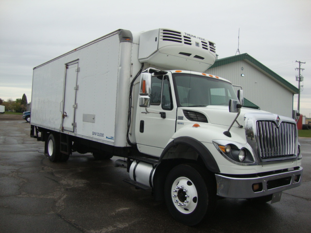 Picture of 2011 International 7600 truck for sale