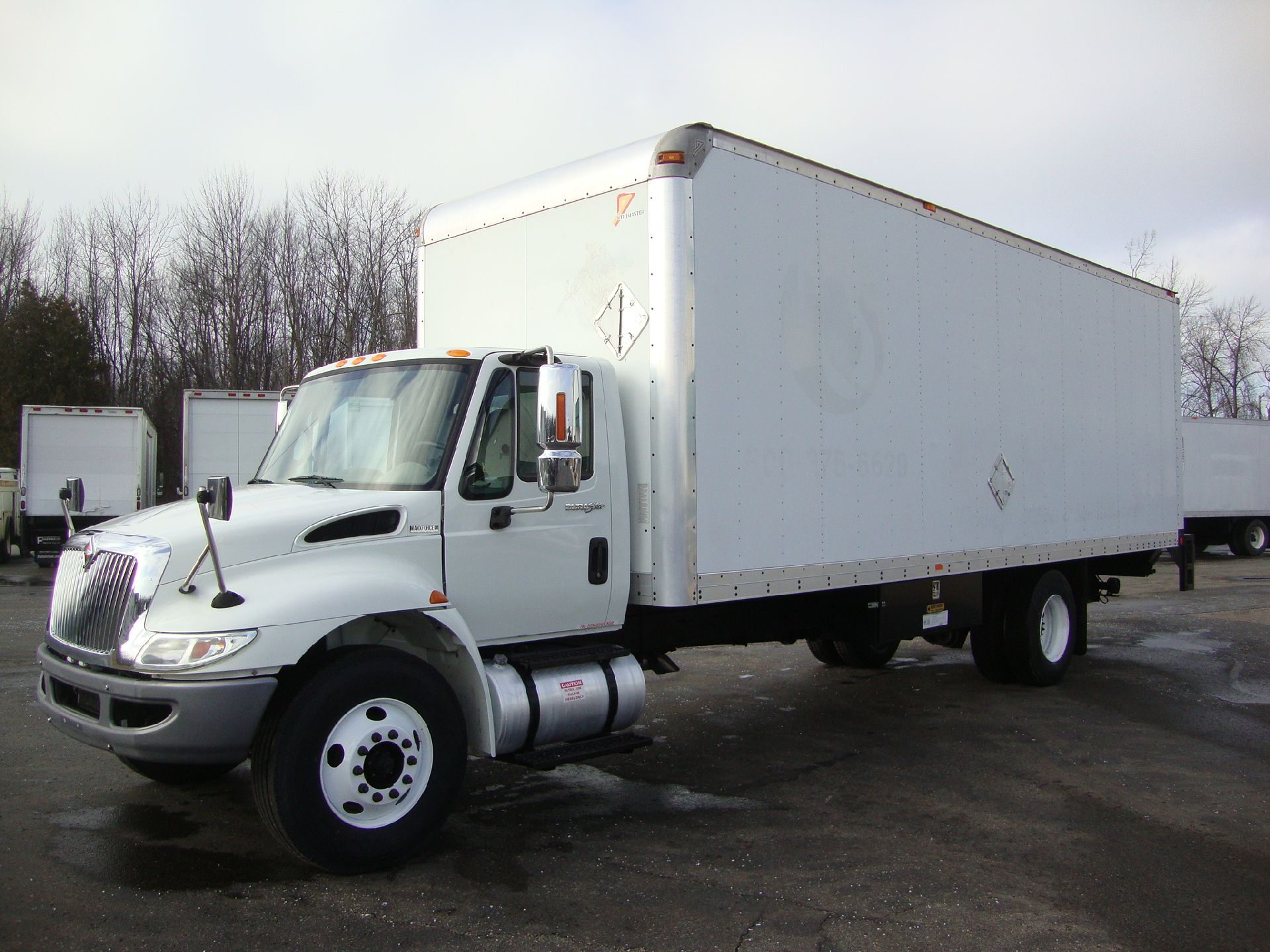 Picture of 2011 International 4300 truck for sale