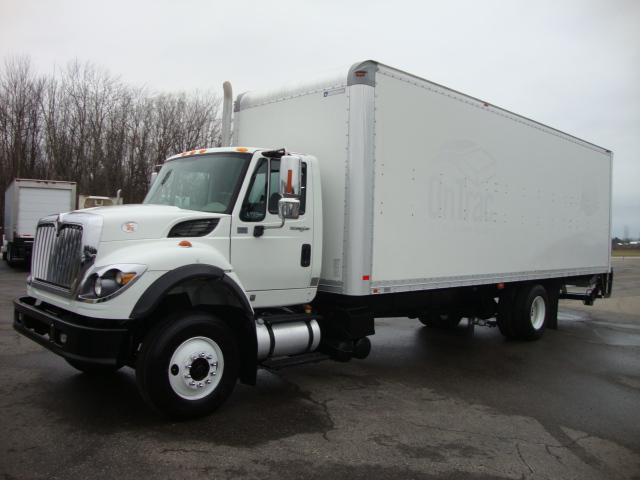 Picture of 2010 International 7600 truck for sale