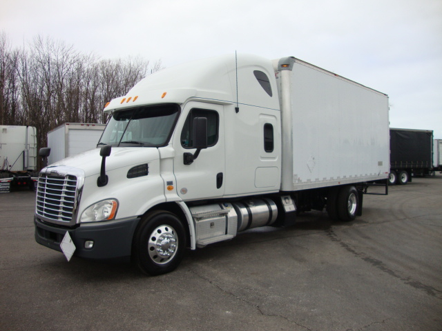 Picture of 2013 Freightliner Cascadia truck for sale