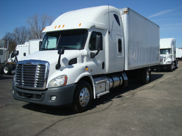 Picture of 2013 Freightliner Cascadia  113 truck for sale