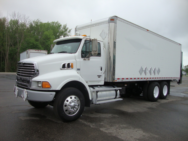Picture of 2009 Sterling LT9500 truck for sale