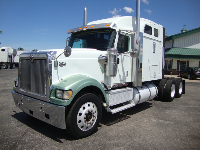 Picture of 2005 International 9900i truck for sale