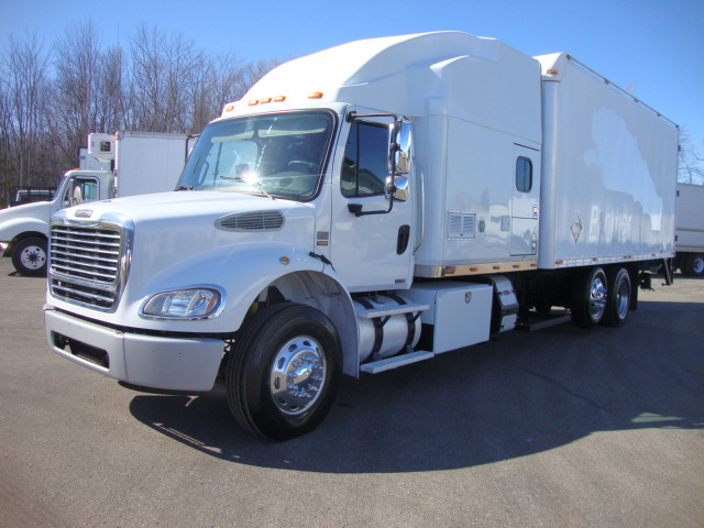 Picture of 2004 Freightliner M2 112 truck for sale