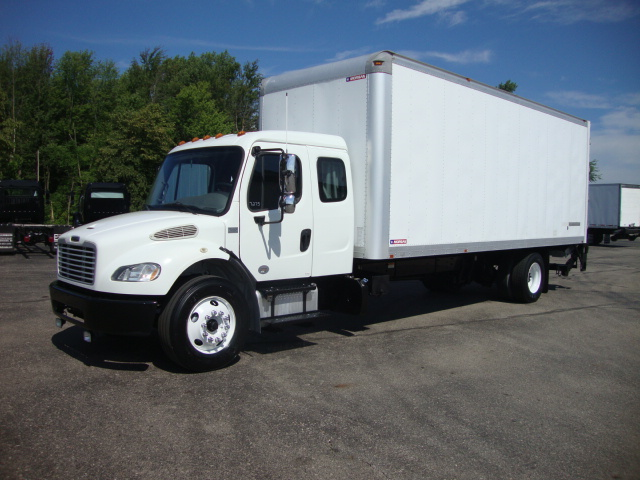 Picture of 2013 Freightliner M2 106 truck for sale